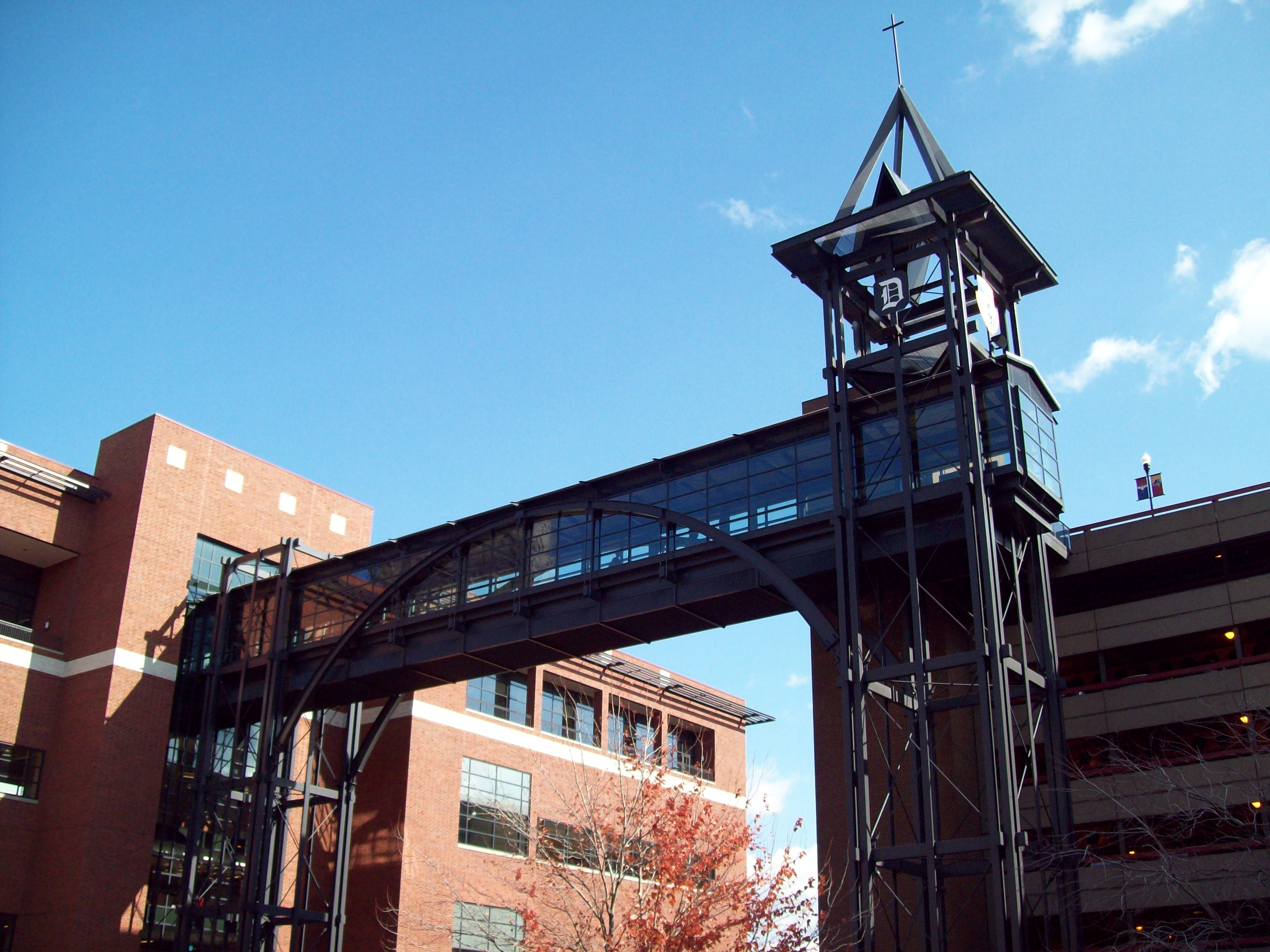 Sklar Skywalk, Duquesne University