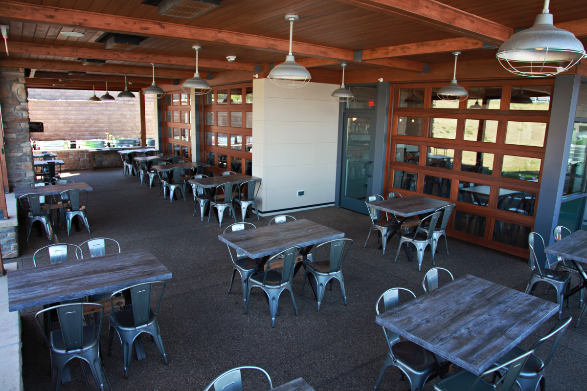 The Porch, Outdoor Dining